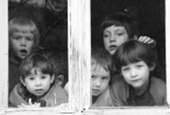 В России начали отбирать детей за долги по ЖКХ