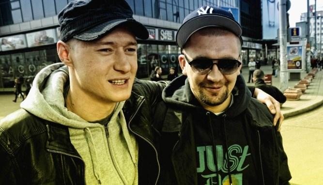 Лидер группы «Бумбокс» иБаста поругались из-за Крыма